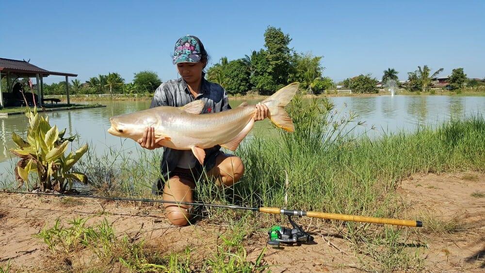 udon-thani-park-fishing-1
